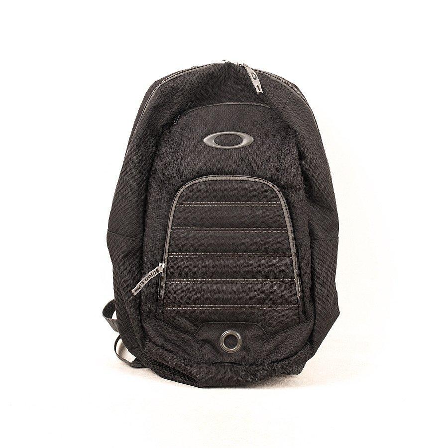 114569975ca85 Plecak OAKLEY GEARBOX 22L   Accesories \ Backpacks Odzież \ Oakley ...
