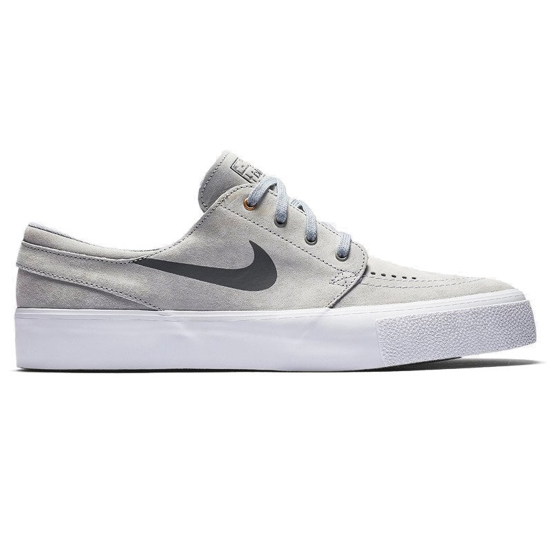 b7c98d7bae64 shoes nike sb zwolf grey dark grey-metallic gold-white grey